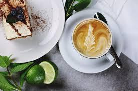 美味しいものを食べ歩き&おしゃれなカフェ巡り